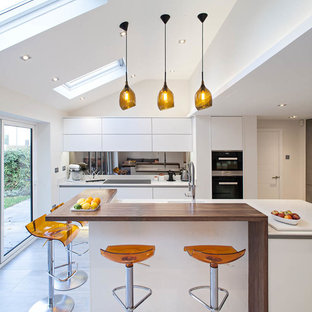 Contemporary kitchen-living space, Herts