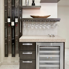 Contemporary Kitchen by Design Magnifique, Inc.