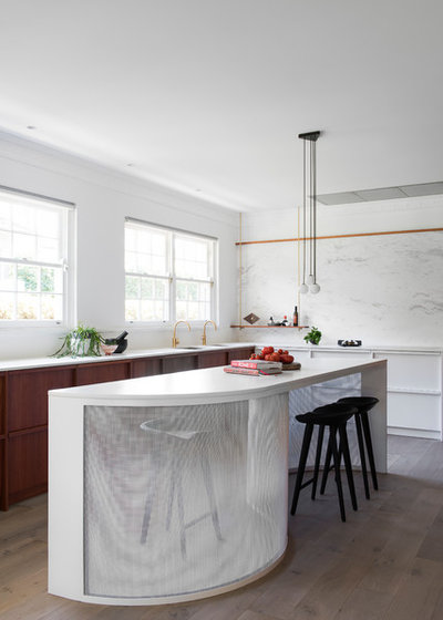 Contemporary Kitchen by MINOSA
