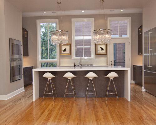 Trendy Kitchen Photo In Chicago With Stainless Steel Appliances