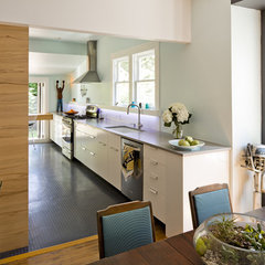 modern kitchen by Ogawa Fisher Architects