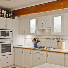 Contemporary Kitchen by Putra Indrawan Photography