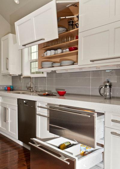Неоклассика Кухня by REIER Construction