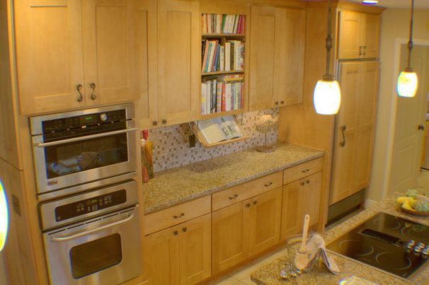 Contemporary Kitchen by Sunshine Menefee