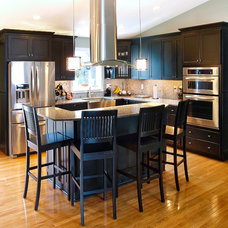 Contemporary Kitchen by Bel Air Construction