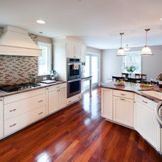 Traditional Kitchen by RI Kitchen & Bath