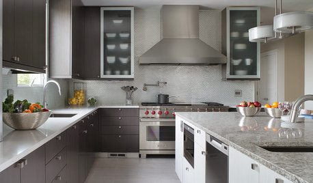 Kitchen Expansion Is a Crowd Pleaser
