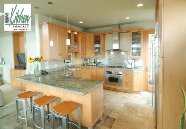 Contemporary Kitchen by San Luis Kitchen Co.