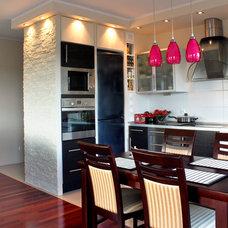 Contemporary Kitchen by Signature Designs Kitchen & Bath
