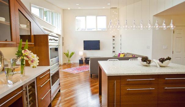 Contemporary Kitchen by Susan Diana Harris Interior Design