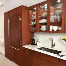 Contemporary Kitchen by Weil Friedman Architects