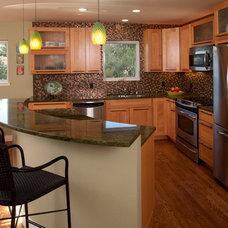 Contemporary Kitchen by Designs Dell'Ario Interiors