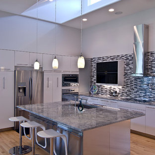 Design Ideas For A Medium Sized Contemporary L Shaped Open Plan Kitchen In Charlotte With