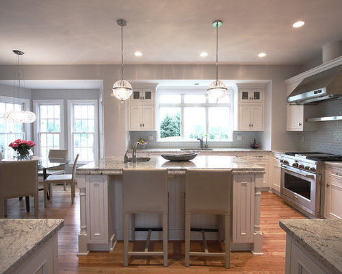 Traditional classic kitchen design ideas remodels for Classic kitchen paint colors