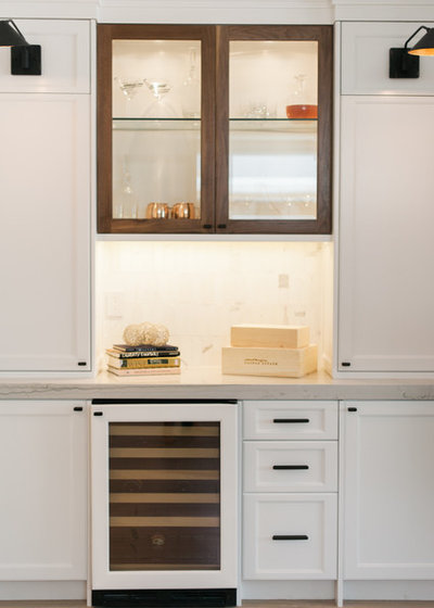 Contemporary Kitchen by Serendipite Designs