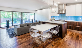 Contemporary Open Concept Kitchen