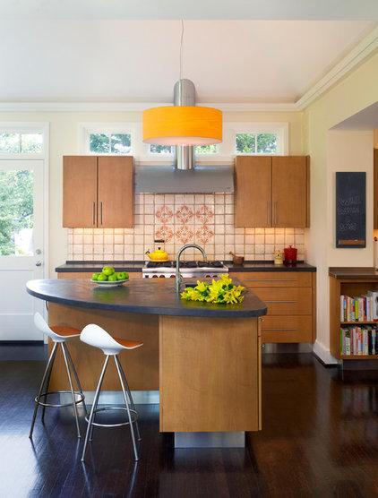 Contemporary Kitchen by Barnes Vanze Architects, Inc
