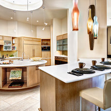 Contemporary Kitchen by PHX Architecture