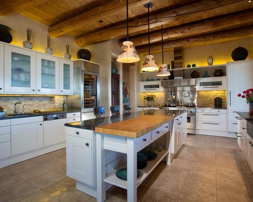 cuisine sud ouest am ricain avec un placard porte shaker photos et id es d co de cuisines. Black Bedroom Furniture Sets. Home Design Ideas
