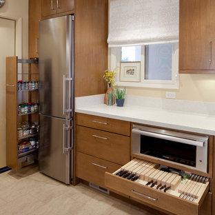 Moderne Küche mit Küchengeräten aus Edelstahl in San Francisco