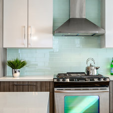 Contemporary Kitchen by KM Interior Designs