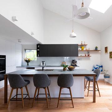 Contemporary Upper Mt. Gravatt Kitchen
