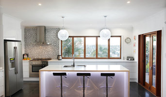Contemporary Wellbeck Kitchen & Bar