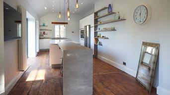 Contemporary white & concrete kitchen