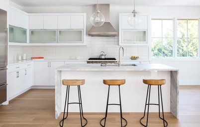 New This Week: 3 Gorgeous White-and-Gray Kitchens