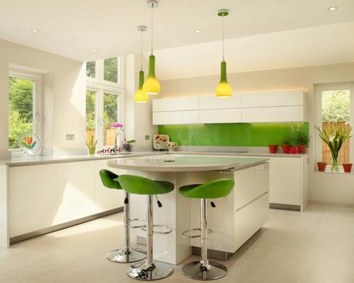 Green And White Kitchen | Houzz