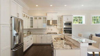 Contemporary White Shaker Cabinets