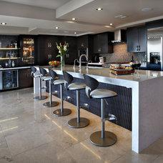 Contemporary Kitchen by S Interior Design