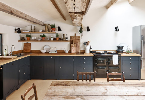 Country Kitchen by Sims Hilditch