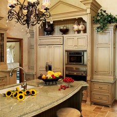 Traditional Kitchen by Interior Intuitions, Inc.