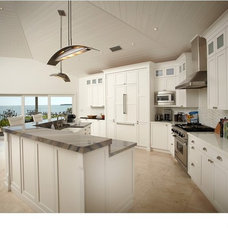 Beach Style Kitchen by Bell Landscape Architecture Inc.