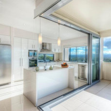 Beach Style Kitchen by Soul Space