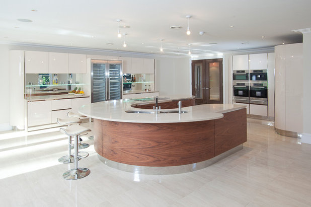 Contemporary Kitchen by Grech & Grech