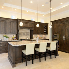 Traditional Kitchen by Armadio Kitchen & Bath Ltd.