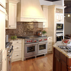 traditional kitchen by Clarke