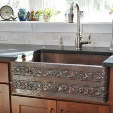 Modern Kitchen by Modern Design LLC