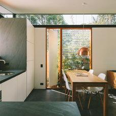 Modern Kitchen by Takt | Studio for Architecture