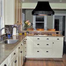 Modern Kitchen by Texas Lightsmith