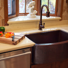 Traditional Kitchen by Artesano Copper Sinks