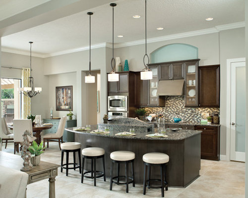 Contemporary Kitchen Idea In Tampa