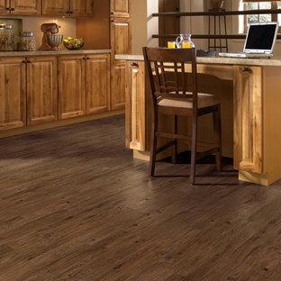 Traditional kitchen inspiration - Elegant vinyl floor kitchen photo in San Diego