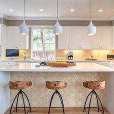 Contemporary Kitchen by 4 CORNERS: International Design Concepts, llc