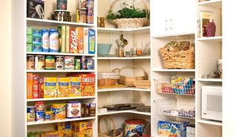 Corner pantry storage