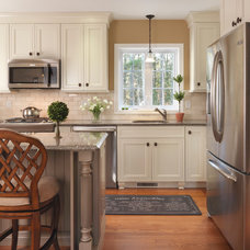 Traditional Kitchen by Mandeville Canyon Design