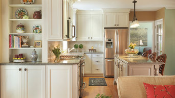 Cornerstone Gold Award Kitchen and Family Room