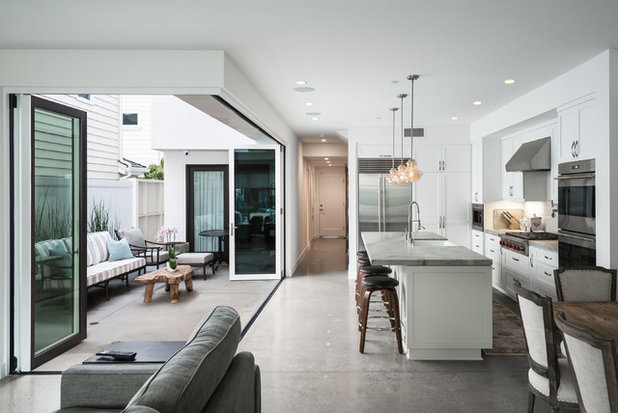Transitional Kitchen by d'Arcy & Associates Architecture, Inc.